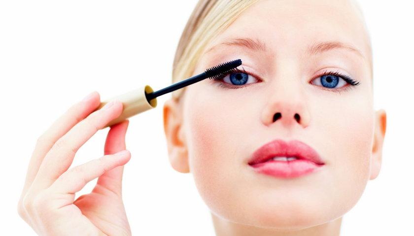 Kobiety gubią kosmetyki