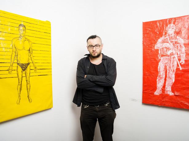 Sebastian Krok - studiował w Akademii Sztuk Pięknych w Warszawie, zdobył Grand Prix na Pierwszym Międzynarodowym Festiwalu Sztuk Pięknych i Designu FIS AD 2015 w Turynie. Fot. Dariusz Golik