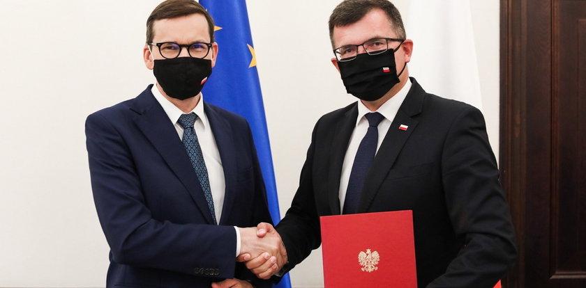 To on zastąpił wyrzuconą Kornecką. Kim jest nowy wiceminister?