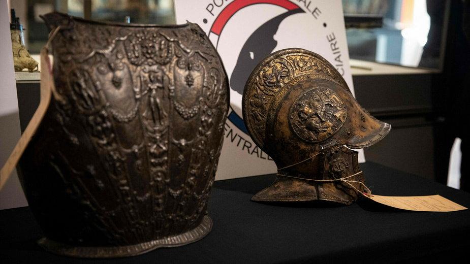 Zaginione elementy renesansowej zbroi wróciły po 38 latach do Luwru