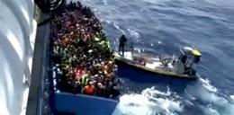 Australia płaci przemytnikom za zawracanie łodzi z emigrantami?