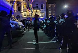 Strajk kobiet. Senacka komisja zajęła się działaniami policji wobec demonstrantów pomimo nieobecności szefów MSWiA i KGP