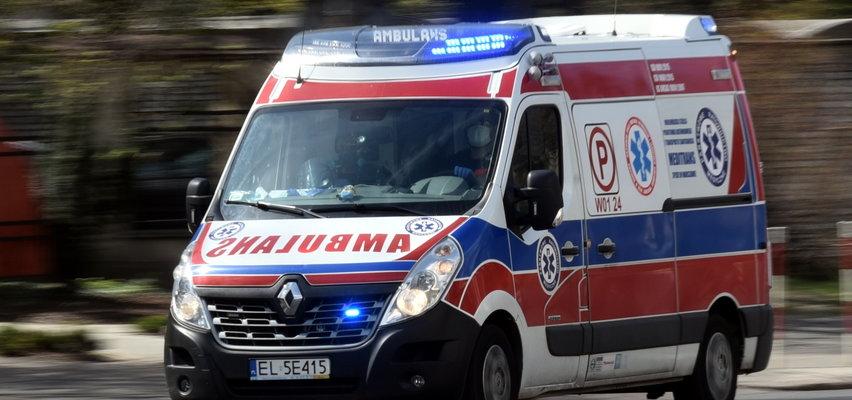 Brakuje załóg karetek. Do zgłoszeń wyjeżdżają strażacy. Strajk ratowników w Warszawie