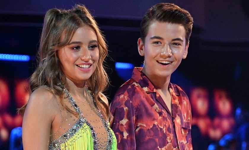 """W 5. odcinku """"Tańca z gwiazdami 12"""" Oliwia Bieniuk zatańczyła z młodszym bratem, Szymonem."""
