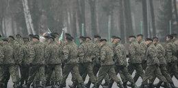 Tajne dane o odejściu oficerów z armii były dostępne w internecie?