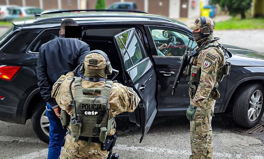 Gang polsko-nigeryjski rozbity. Wyłudzali pieniądze od firm