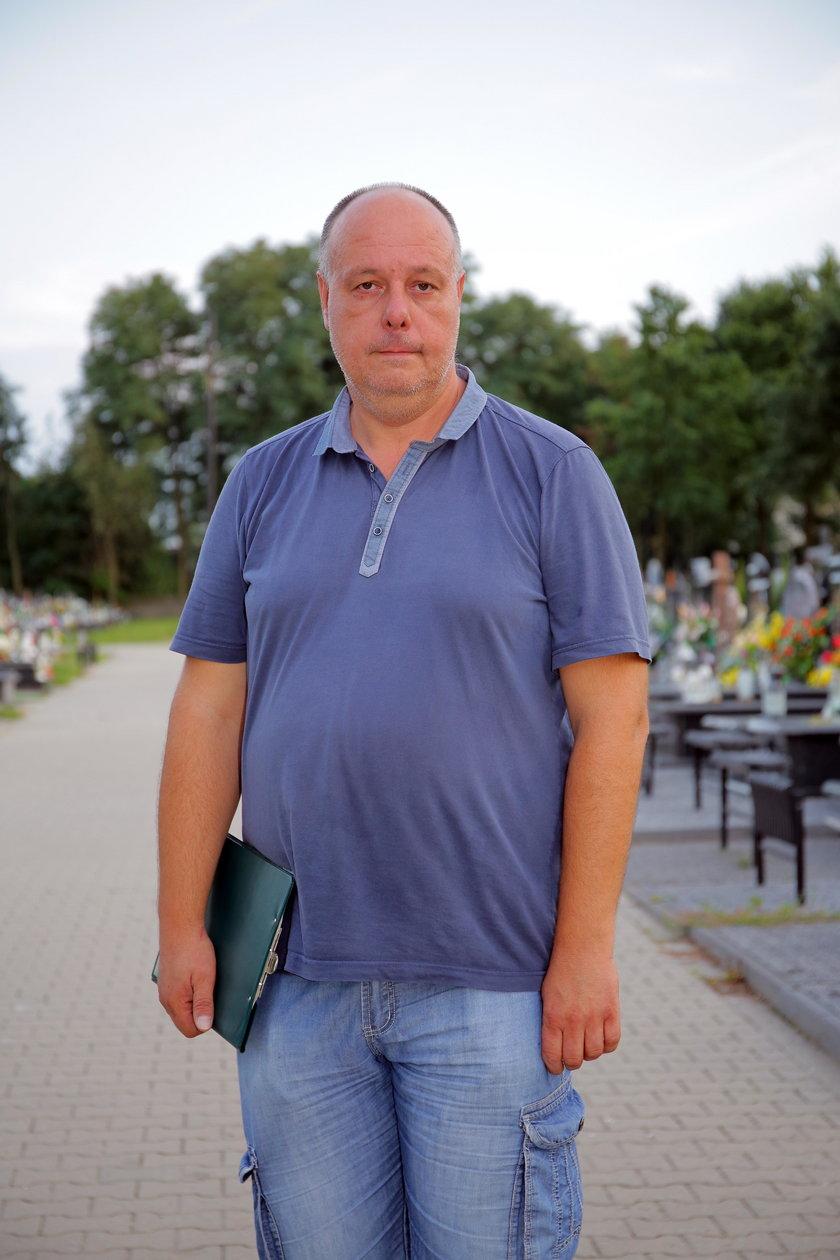 Mieszkańcy Brzezin mają dość zaporowych cen na cmentarzu