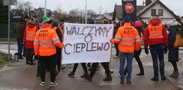 Mieszkańcy protestują, kupcy chcą handlować! Co dalej z giełdą w Cieplewie?