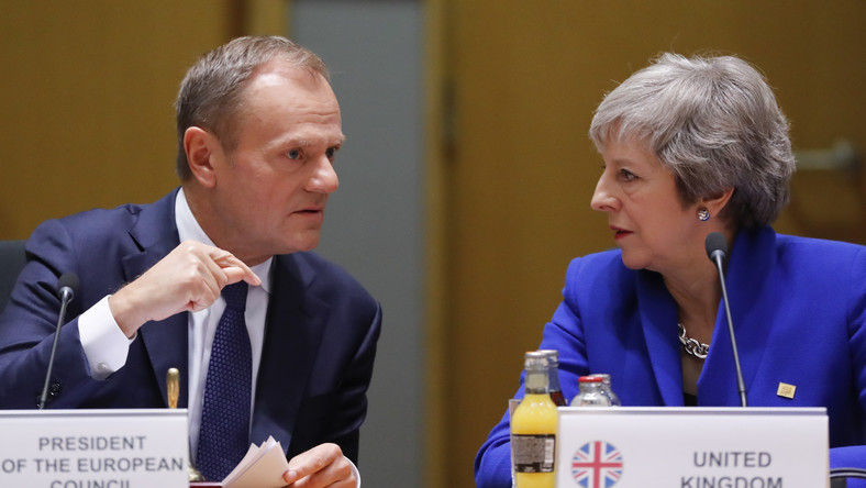 Thersa May i Donald Tusk