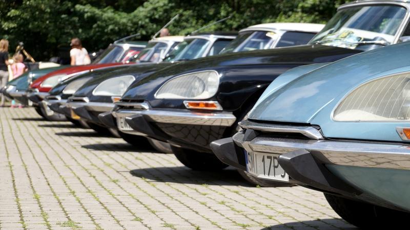 Zlot Zabytkowych Citroënów w Ostrowie Wielkopolskim