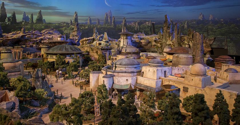 Model Stars Wars Land, który powstanie w 2019 roku