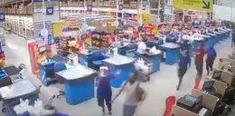 Tragedia w markecie. Jedna osoba zginęła, ośmioro rannych. FILM