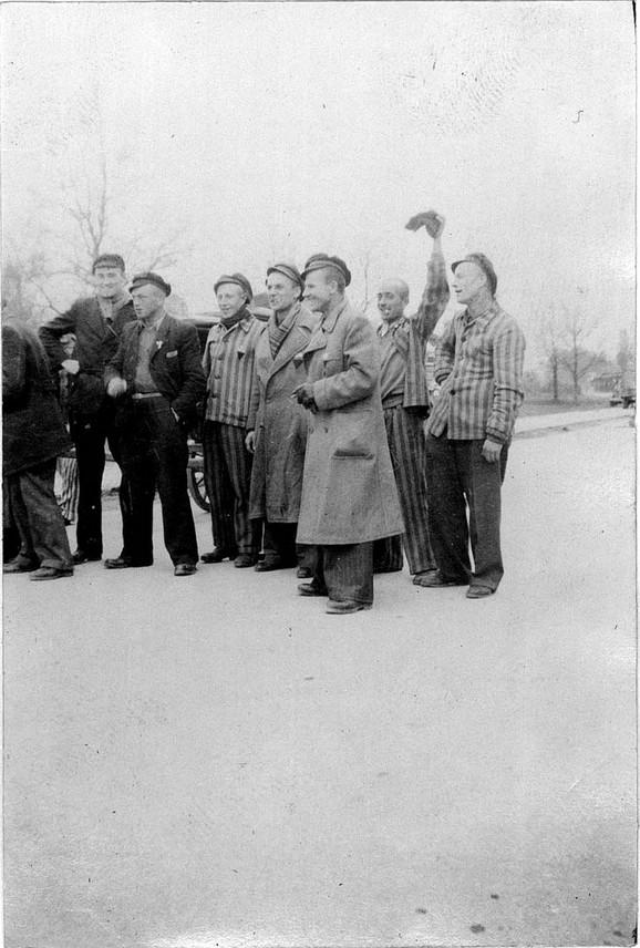 Zatvorenici iz logora Dahau