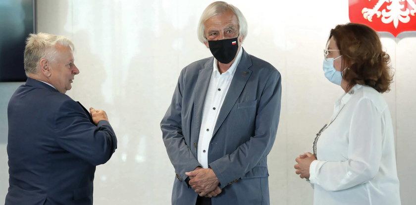 Terlecki wywołał skandal. Jego zachowanie opozycja odczytała jednoznacznie. Co zrobił, gdy usłyszał słowa córki Olgi Krzyżanowskiej?