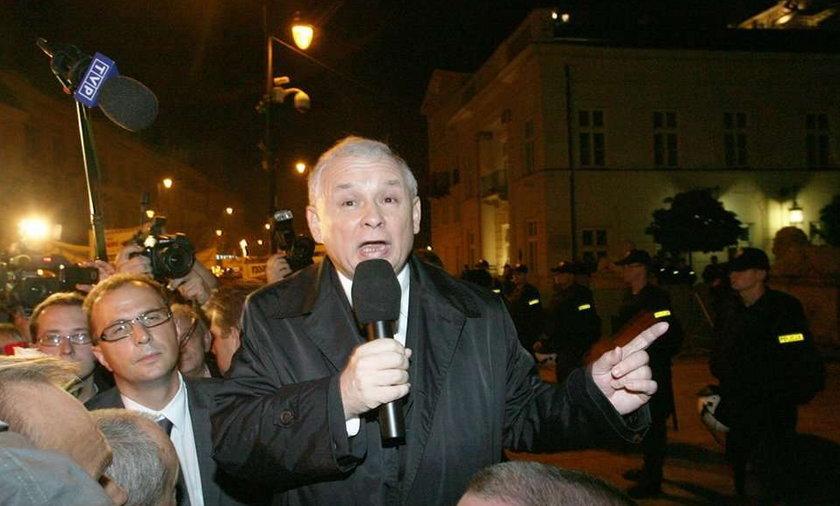 Kaczyński: Pomniki będą w całym kraju!