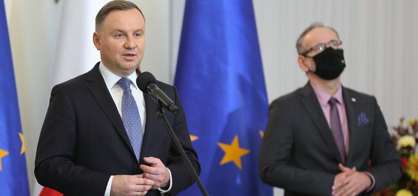 Prezydent Andrzej Duda w kampanii wyborczej obiecał miliardy na leczenie rzadkich chorób. A rodzice dalej proszą ludzi o wsparcie