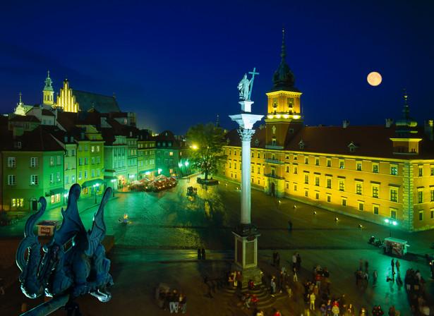 Plac Zamkowy w Warszawie, źródło: Materiały Prasowe Urzędu Miasta Warszawa, fot. Zbigniew Panów