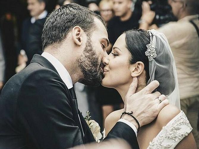 Vernici su se uvredili što je venčanje organizovano usred posta: Pitali smo sveštenika koji je venčao Priju i Filipa šta kaže Crkva na to