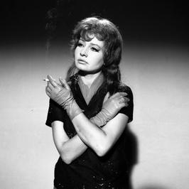 """Legendy PRL. To ich kochały miliony. Elżbieta Czyżewska. """"Miała najpiękniejsze nogi, jakie w życiu widziałam. Piła czarną kawę i paliła papierosy"""""""