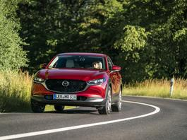 Mazda CX-30 - długa maska w modzie | TEST