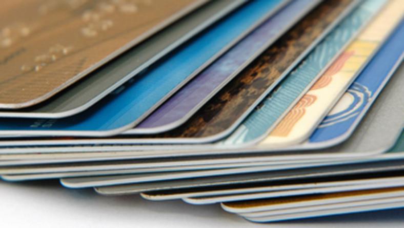39a1ed133dfbe4 Co trzeba wiedzieć o płatnościach kartą w internecie?
