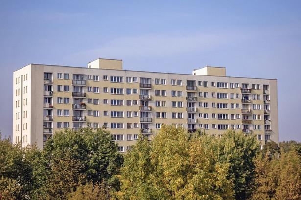 Warszawa blok mieszkalny