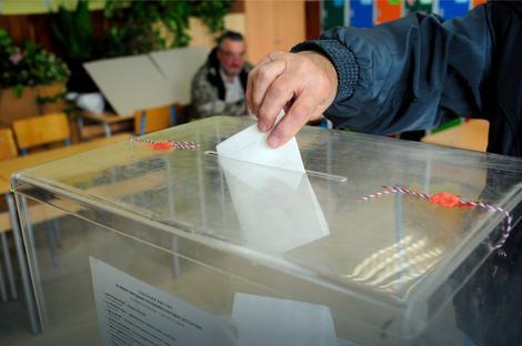 "Izbori ""kočničar"" reformi"