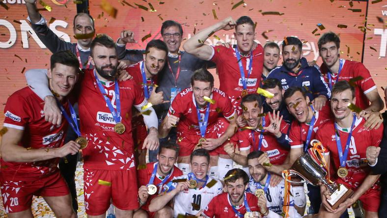Siatkarze Trentino Volley cieszą się ze zwycięstwa w finale klubowych mistrzostw świata z Cucine Lube Civitanova