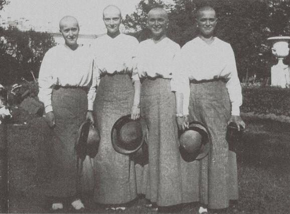 Četiri sestre Romanov nakon što su preležale boginje