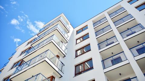 Obecnie w Polsce nie ma obowiązku płacenia podatku od nieruchomości obliczanego na podstawie jej wartości.
