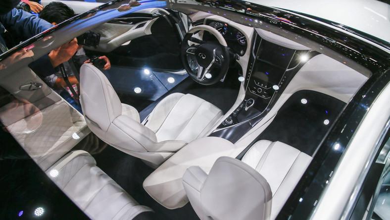 W czasie salonu samochodowego w Detroit Infiniti powaliło publiczność na kolana. Najnowsze dzieło japońskiej marki to Q60 - samochód, którym japoński producent planuje utrzeć nosa niemieckim tuzom. Zobacz zdjęcia...