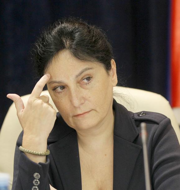 Diana Dragutinović