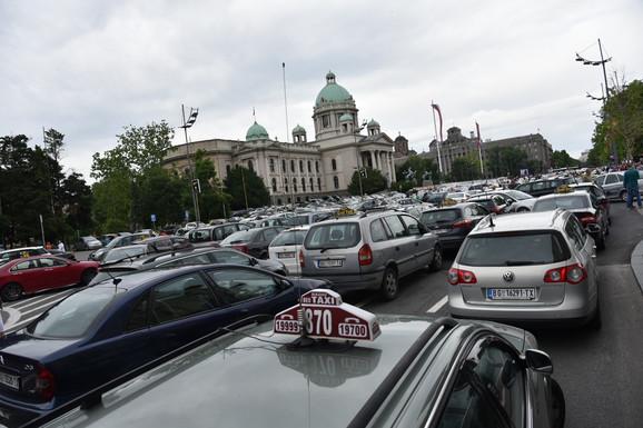 Raniji protesti taksista