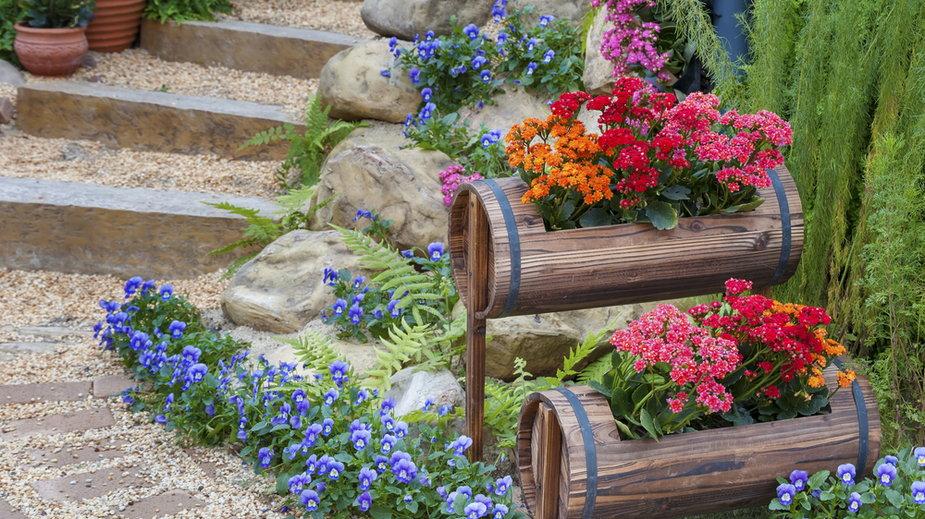 Modne dekoracje ogrodowe
