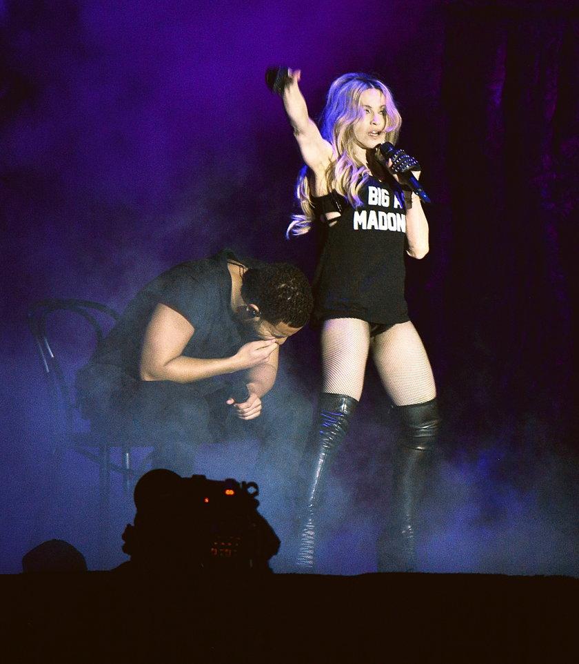 Madonna go pocałowała