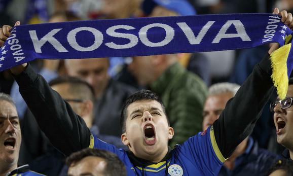 Navijač tzv. Kosova