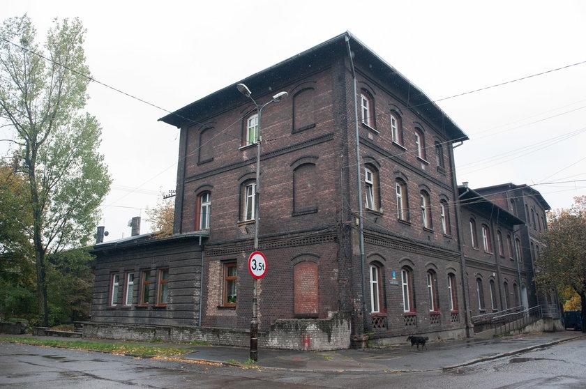 Budynek przy ul. Le Pasteura 4