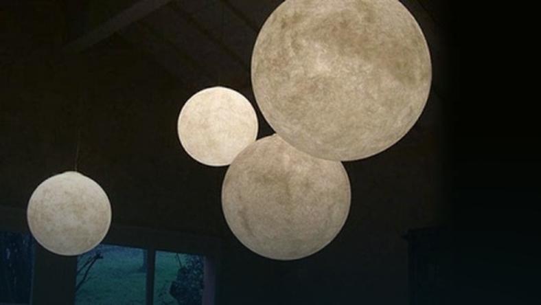 Księżycowe lampy