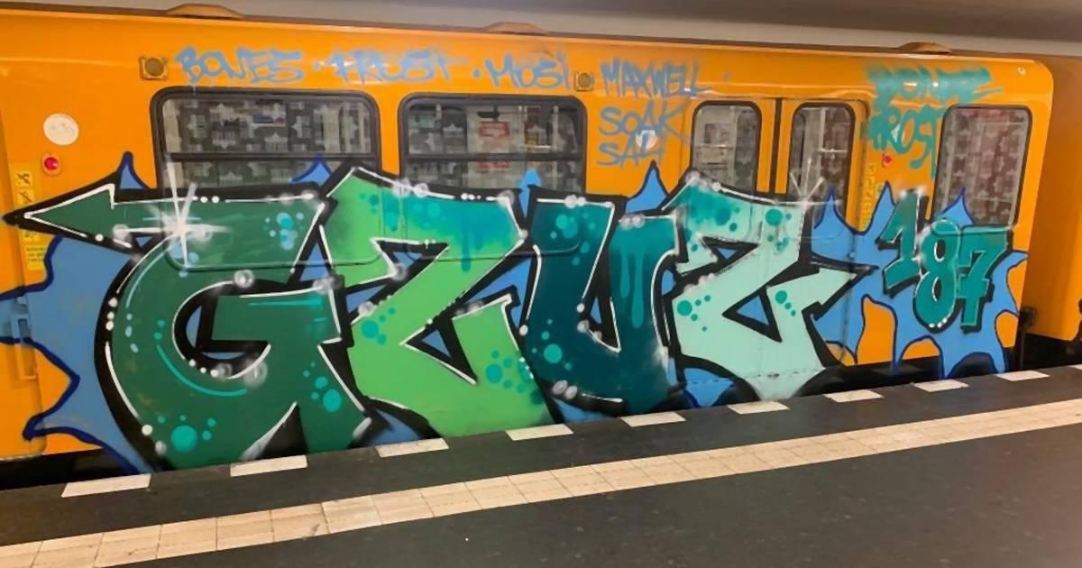 Gzuz besprüht Berliner U-Bahn – vor laufender Kamera