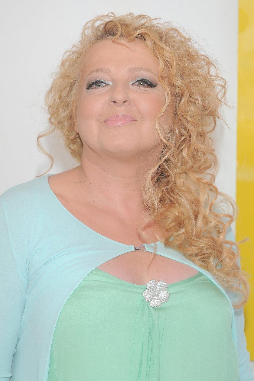 Magda Gessler w morskiej sukience