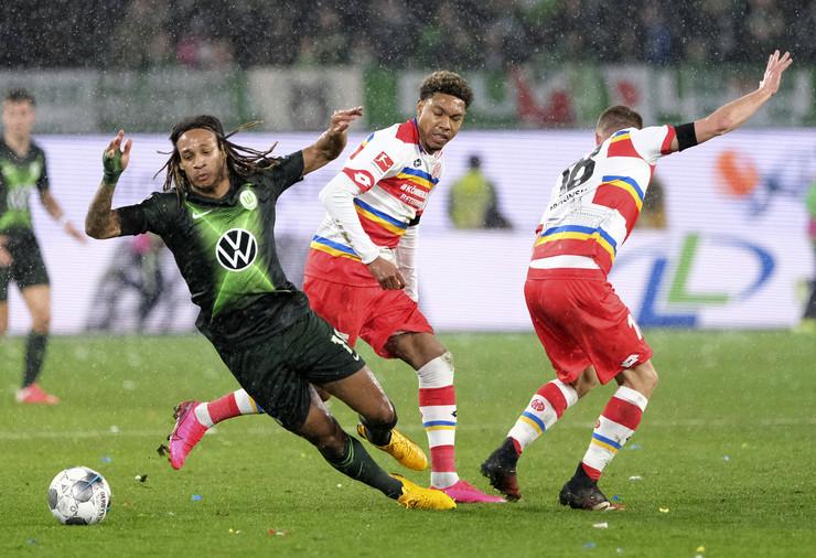 FK Volfsburg, FK Majnc