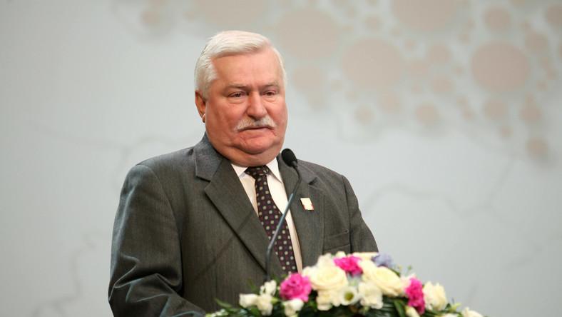 """""""Czasy są trudne, a Gdańsk ma wiele inwestycji. Dlatego zdecydowaliśmy się przekazać pół miliona złotych na produkcję filmu o Lechu Wałęsie"""" - mówi w wywiadzie dla """"Polska the Times"""" prezydent Gdańska Paweł Adamowicz."""
