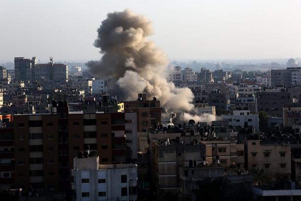 W izraelskich nalotach na Strefę Gazy rannych zostało wielu cywili EPA/MOHAMMED SABER