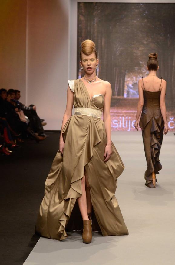 Ovu haljinu potpisuje Vasilije Kovačev