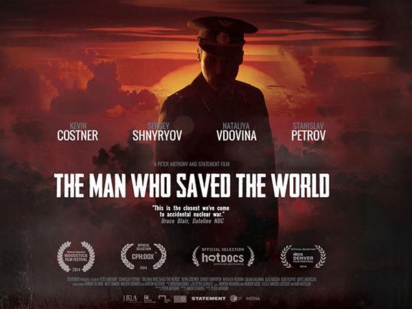 Stanisław Pietrow wystąpił razem z Kevinem Costnerem w filmie dokumentalnym o samym sobie