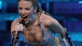 Olivier Martinez uszczęśliwia Kylie Minogue