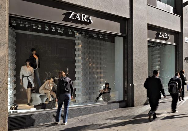 Sklep marki Zara w Madrycie. Fot. Bloomberg