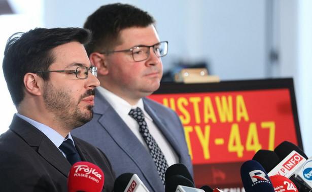 O tym, że prezydent podpisał nowelizację m.in. Prawa o ustroju sądów powszechnych i ustawy o Sądzie Najwyższym, poinformował we wtorek wieczorem jego rzecznik Błażej Spychalski.