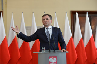Ziobro: Odwołanie wiceprezesów warszawskiego SO to decyzja wiceministra Piebiaka