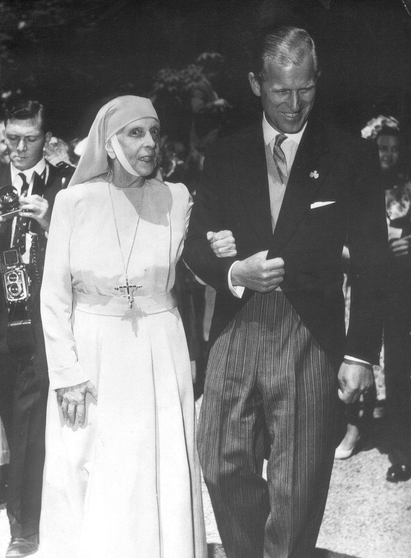 Książę Filip ze swoją matką Alicją Battenberg
